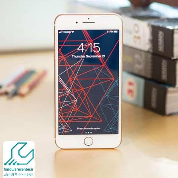 گوشی اپل ۸
